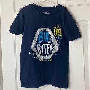 4/$20. CHILDREN'S PLACE T-Shirt Size 14
